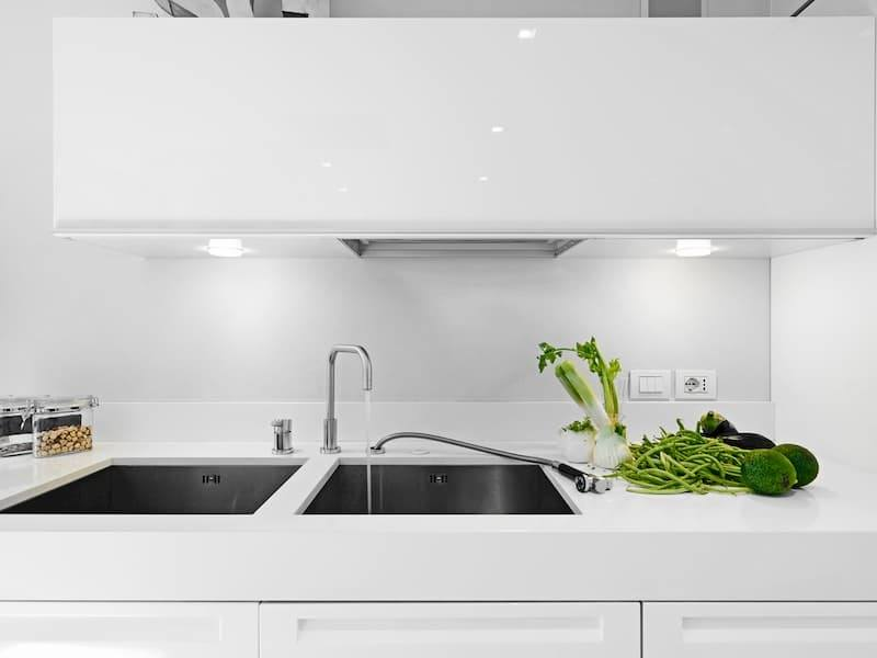 Stainless Undermount Kitchen Sink With White Counter