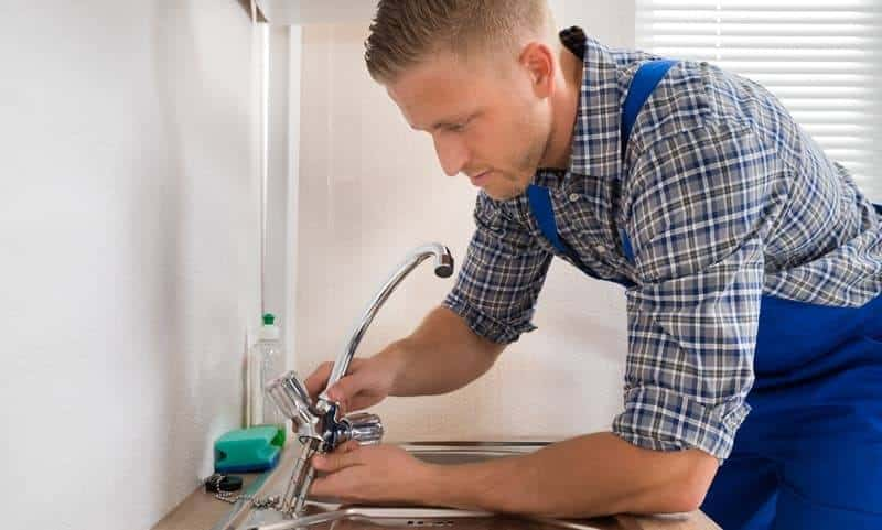 Installing a new faucet in your kitchen