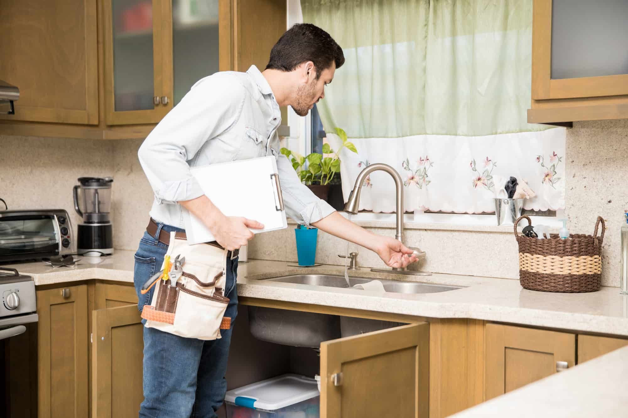 How To Tighten A Single Handle Kitchen Faucet