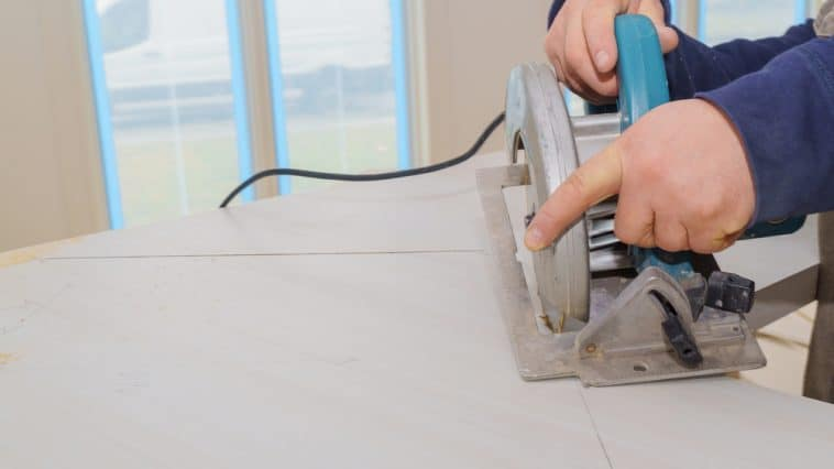 How to Cut a Formica Countertop Without Chipping